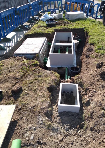 cable junction box construction